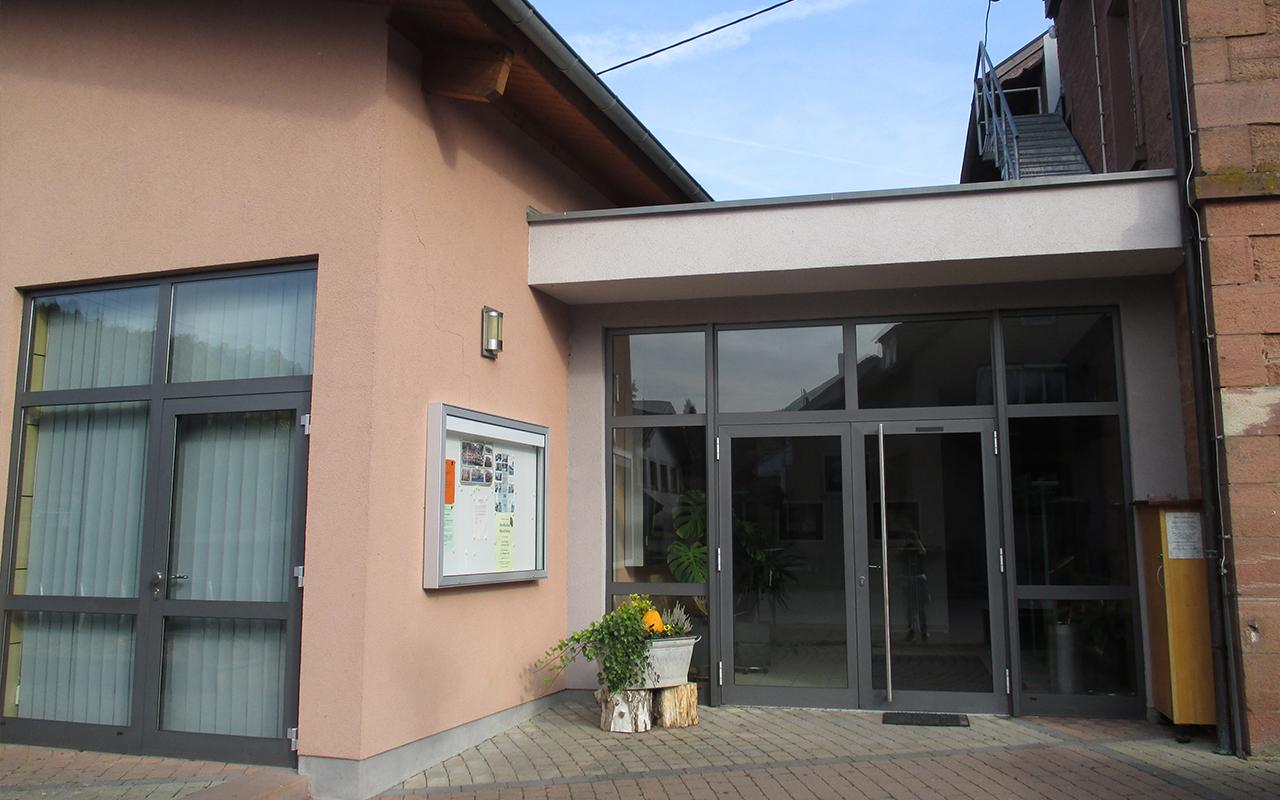 Dorfgemeinschaftshaus Weilbach Eingang