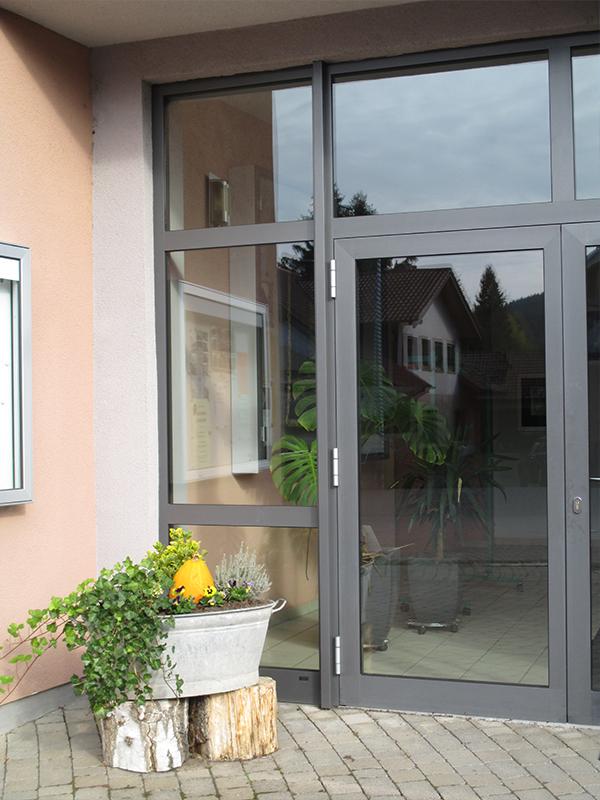 Dorfgemeinschaftshaus Weilbach Eingangstür