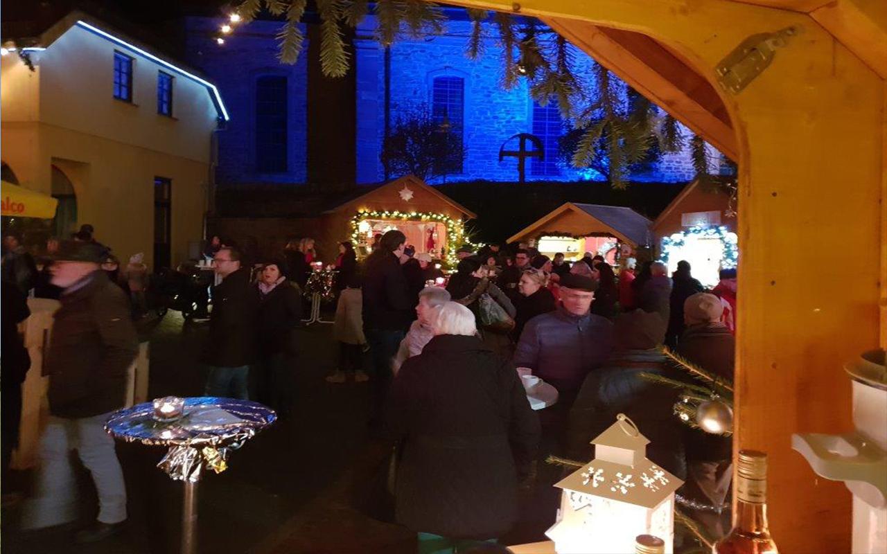 Lichtzauber Glockenmarkt Besucher